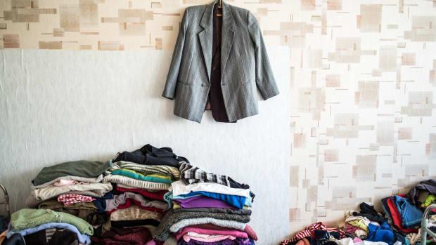microfibers-plastic-waste-fashion-industry.jpg