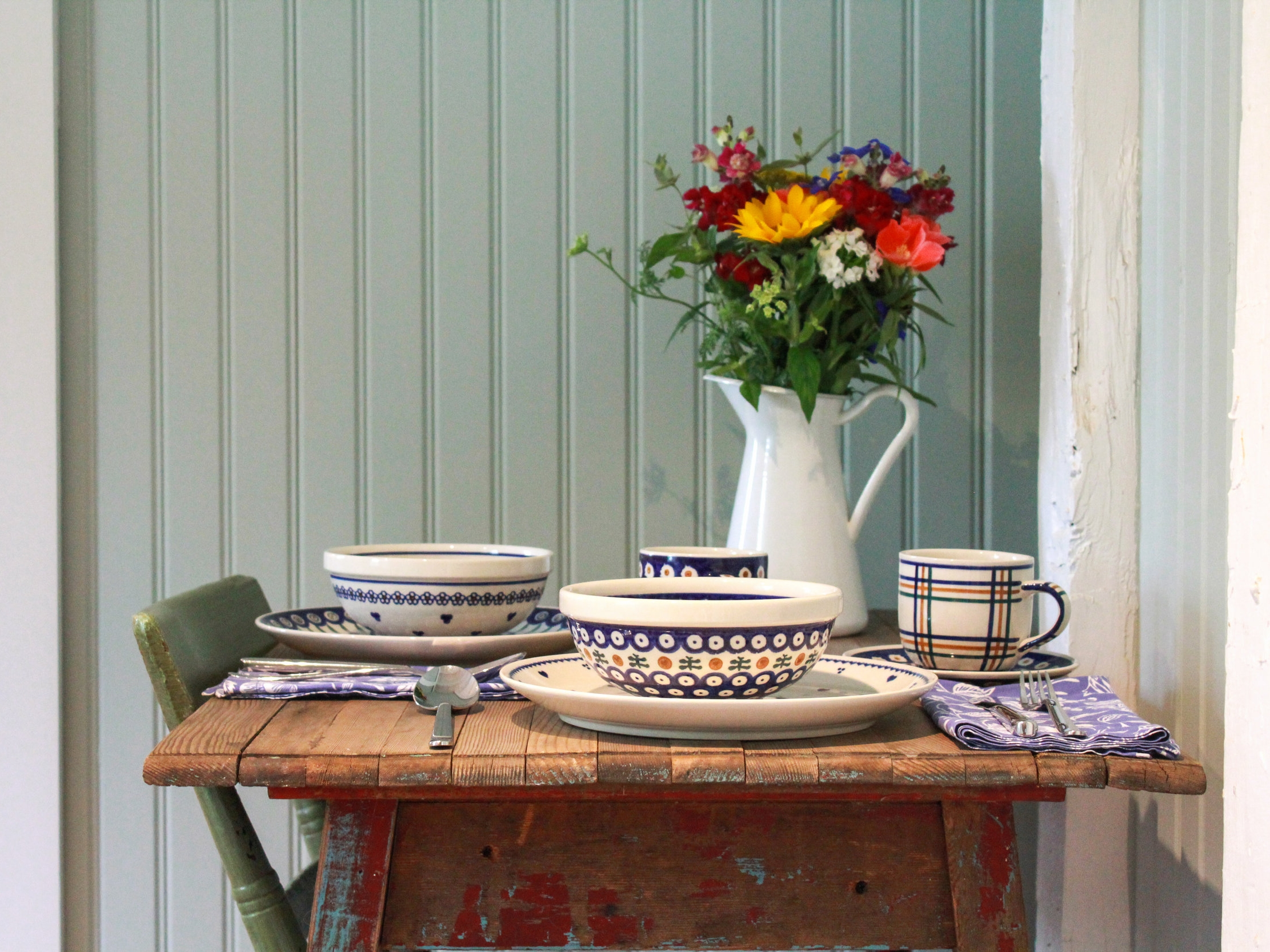 Cottage Table Setting.jpg