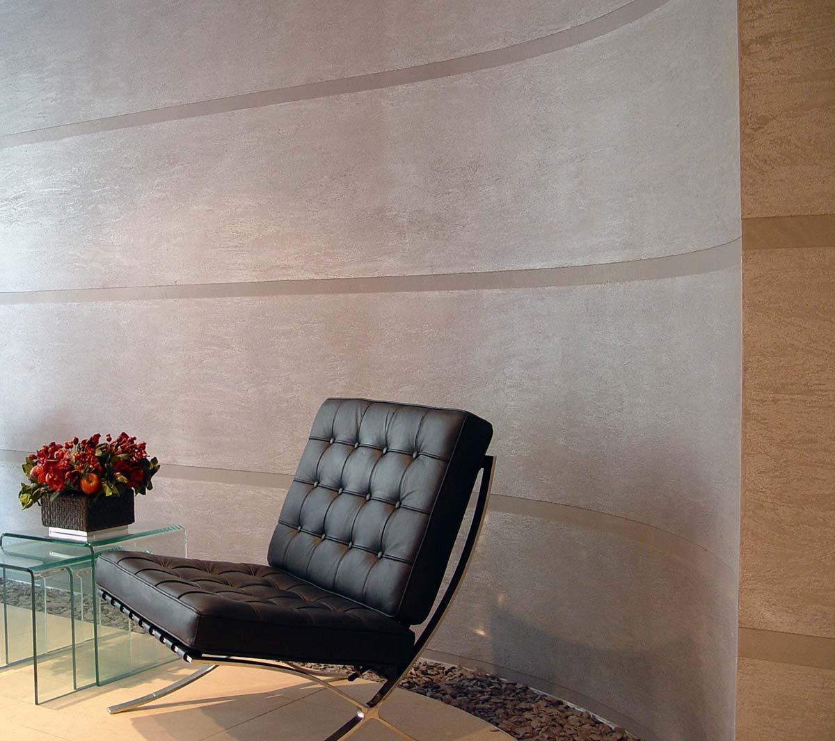 Dragged Polished Plaster Finish - Curved wall in reception- Credit Armourcoat