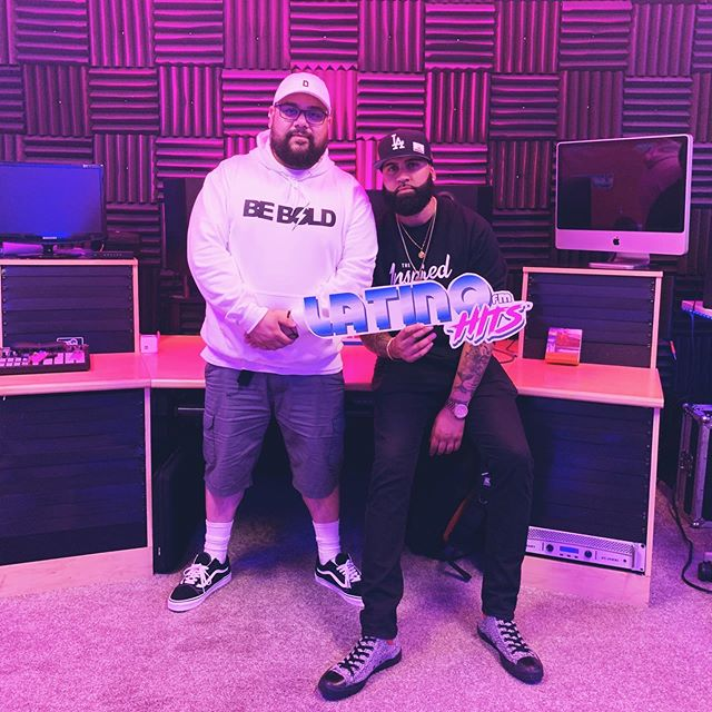 Thank you @dj.dlion for coming to the @latinohitsfm studios and rocking with us on Episode 13 of #Vibras! Crazy technical difficulties but no matter what u still rocked it!⚡️⚡️⚡️ 👕: @inspired.byall — #latinmusic #music #reggaeton #salsa #musicalatina #bachata #merengue #latin #thalia #musica #hiphop #latino #party #dance #trapmusic #m #dj #trap #latinos #dembow #sonymusiclatin #brazil #radio #puertorico #djs #djdlion #djequis #latinohitsfm