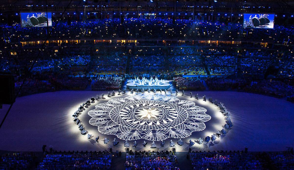 Extrait de la Cérémonie de Fermeture des Jeux Olympiques Rio 2016 — www.nuambe.com — image copyright Comité des Jeux Olympiques