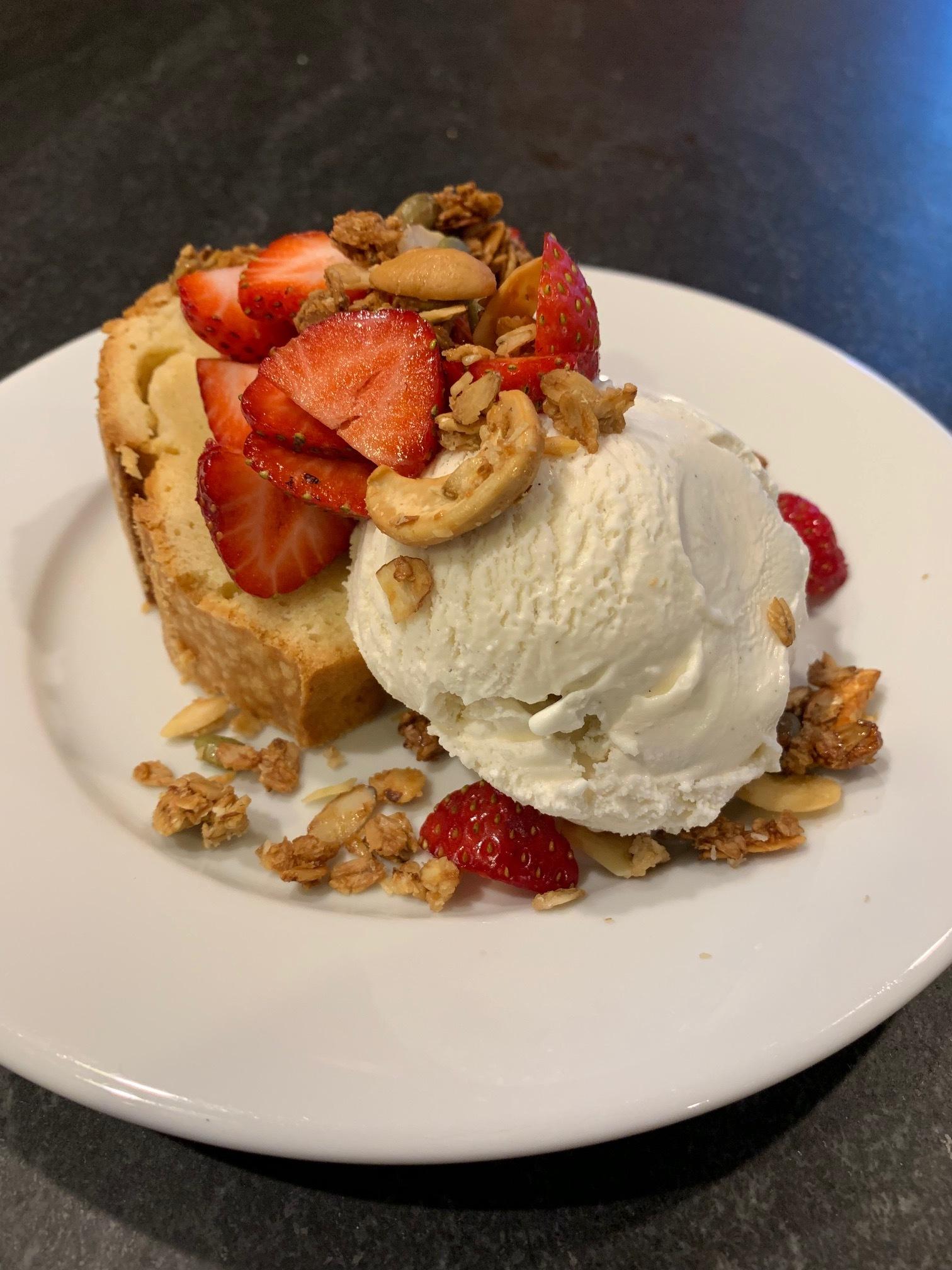 Strawberry shortcake.jpg
