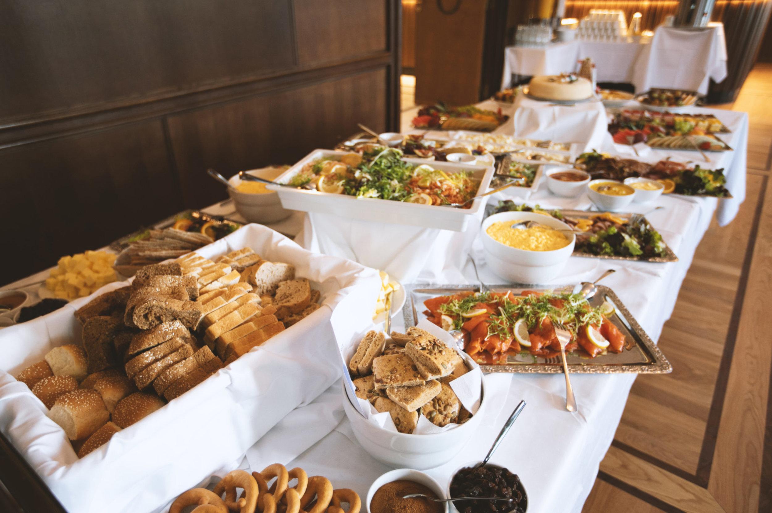grand_lunch.jpg