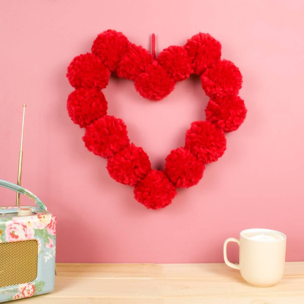 original_pom-pom-heart-hanging-wall-decoration (1).jpg
