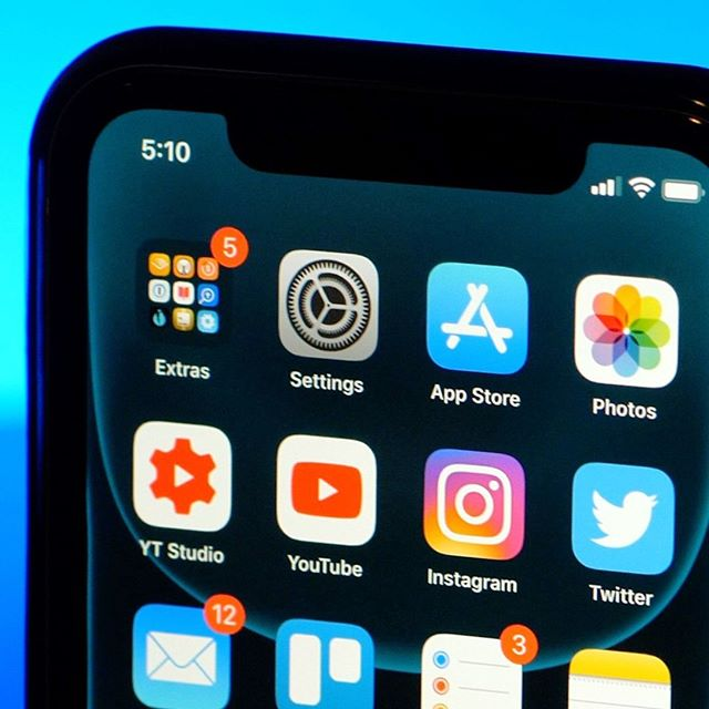 I've been using the iOS 13 beta for so long I've just gotten used to Dark Mode. Sometimes it's weird as a tech content creator when you forget that everyone watching your content isn't also running all the betas and trying the latest stuff and I have to re-frame the way I think about things to put them in everyday usage terms... long story short: loving iOS 13 so far. You? #apple #iPhone11 #ios13 #tech