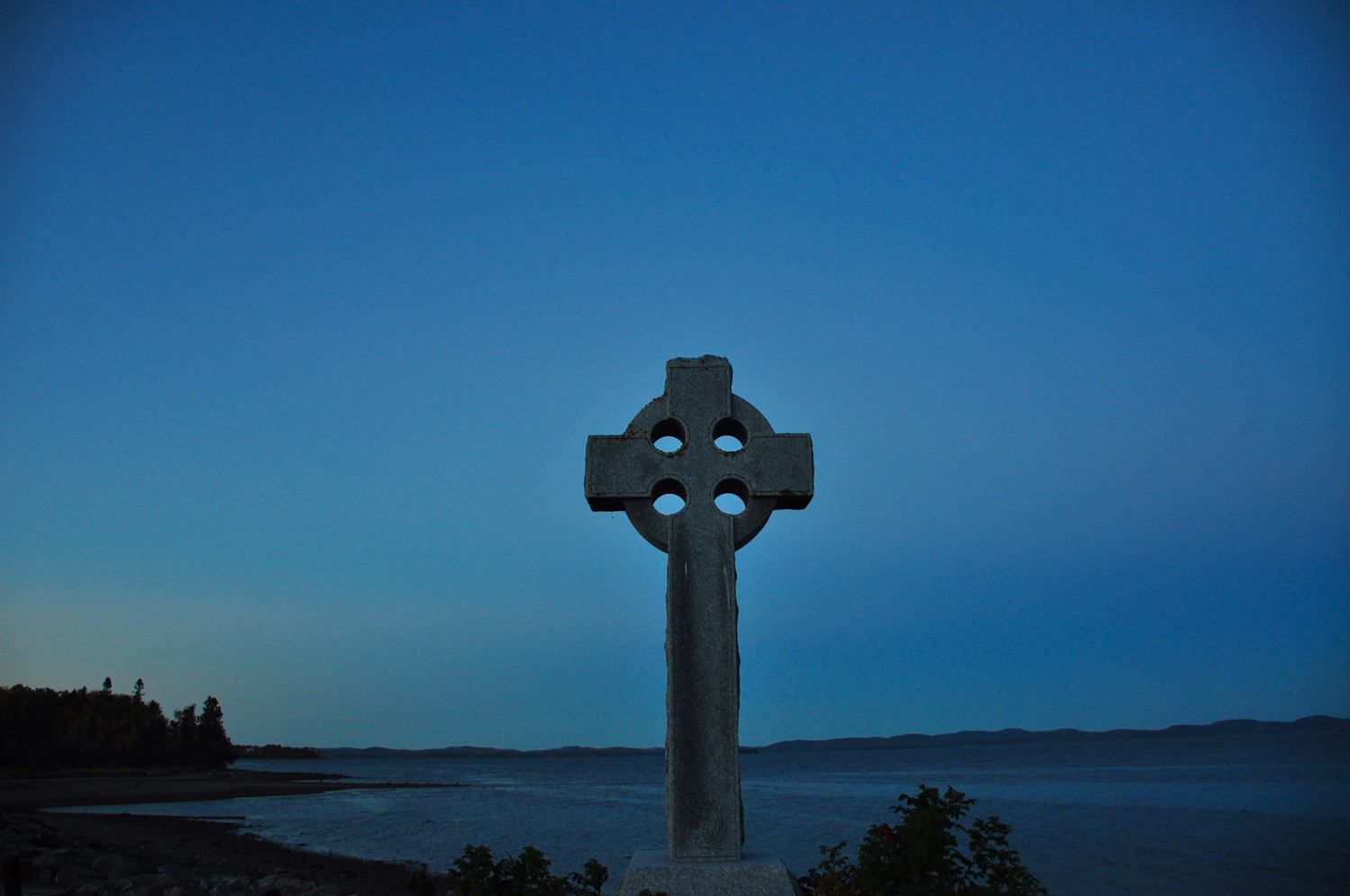 The Celtic Cross Memorial  Saint Andrews by the Sea  commemorates the many Irish Famine immigrants who passed away on Hospital Island, in the Passamaquoddy Bay, awaiting freedom in the America's which they could see from their island holding place.
