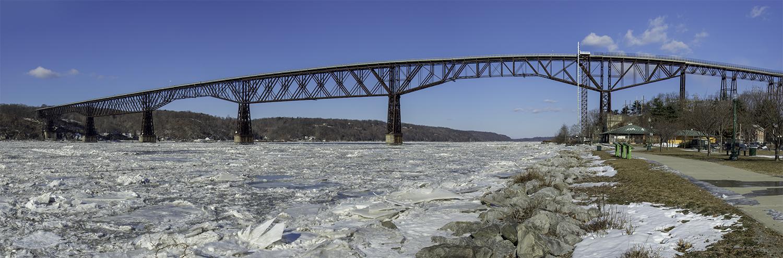 Walkway Over the Frozen Hudson
