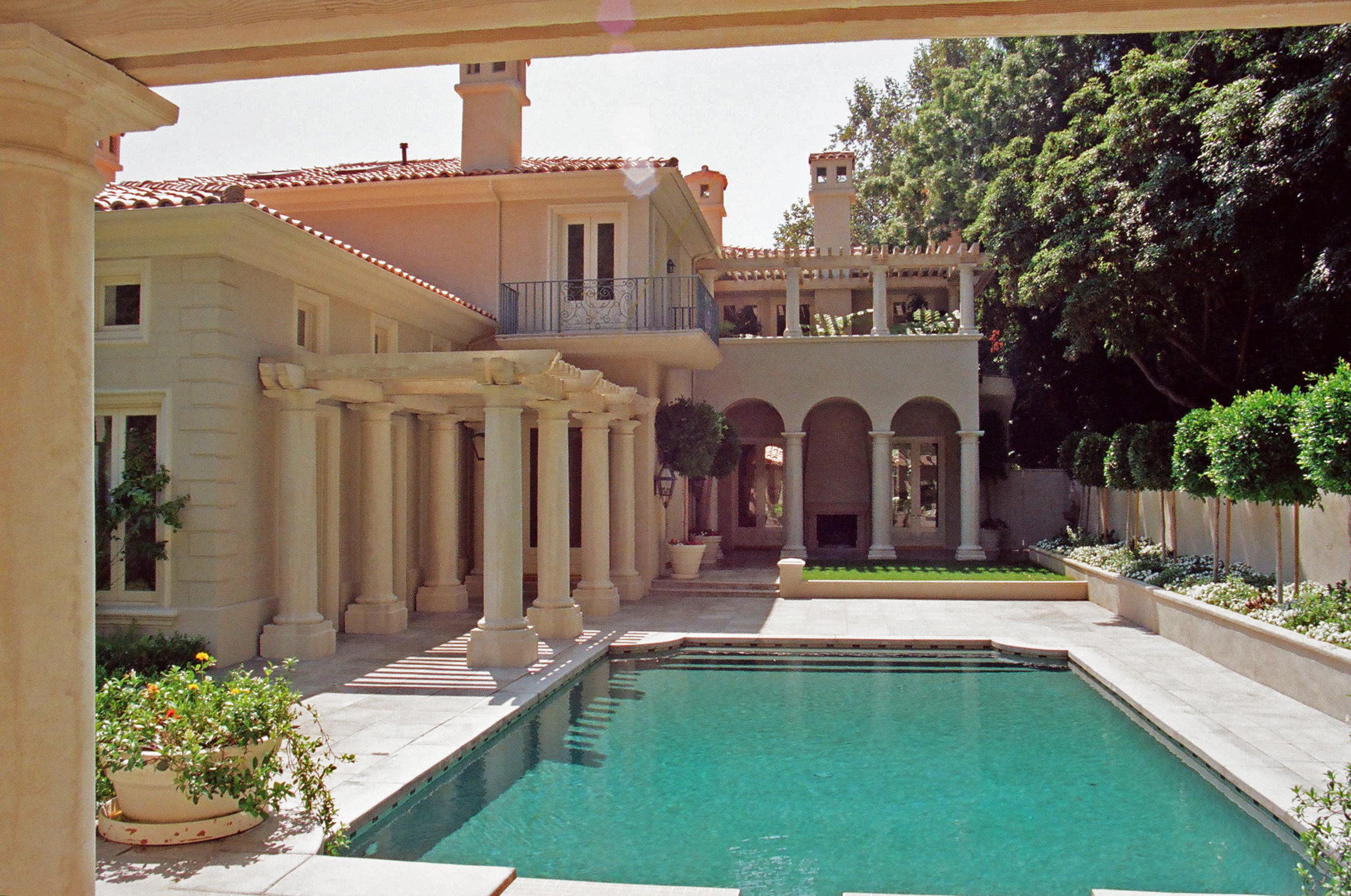 Residence, Bel Air, California - A RESIDENCE IN THE TUSCAN STYLE
