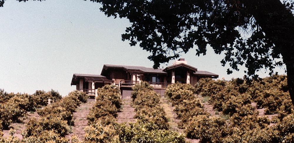 A Craftsman-Ranch Home for Oliver & Gracie Young, Carpinteria, California