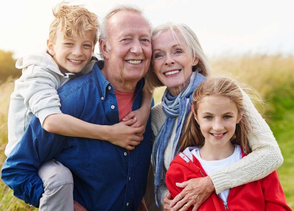 grandparents_with_grandchildren_omgimages.jpg