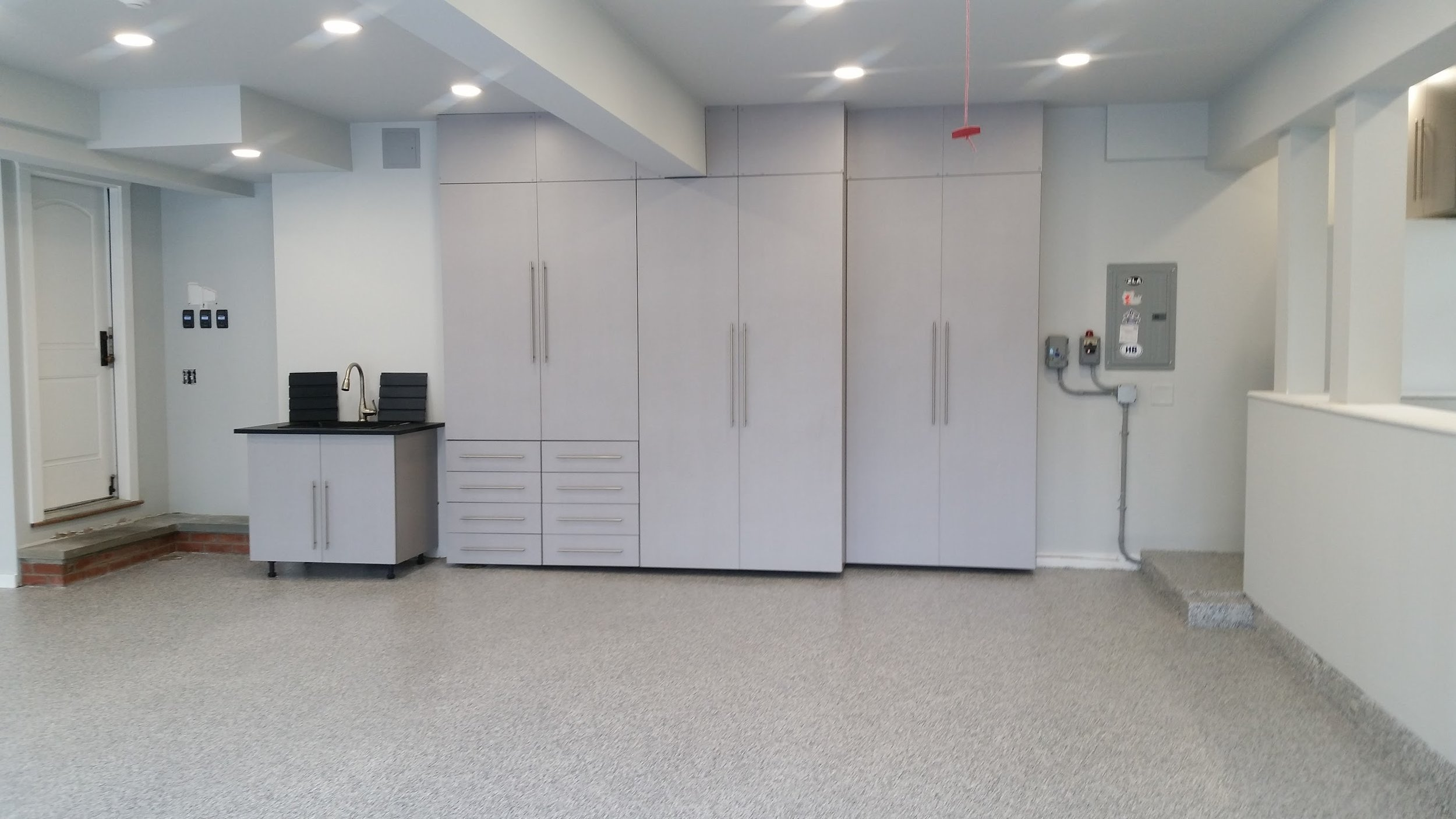 Commercial industrial floor coating with storage cabinets example