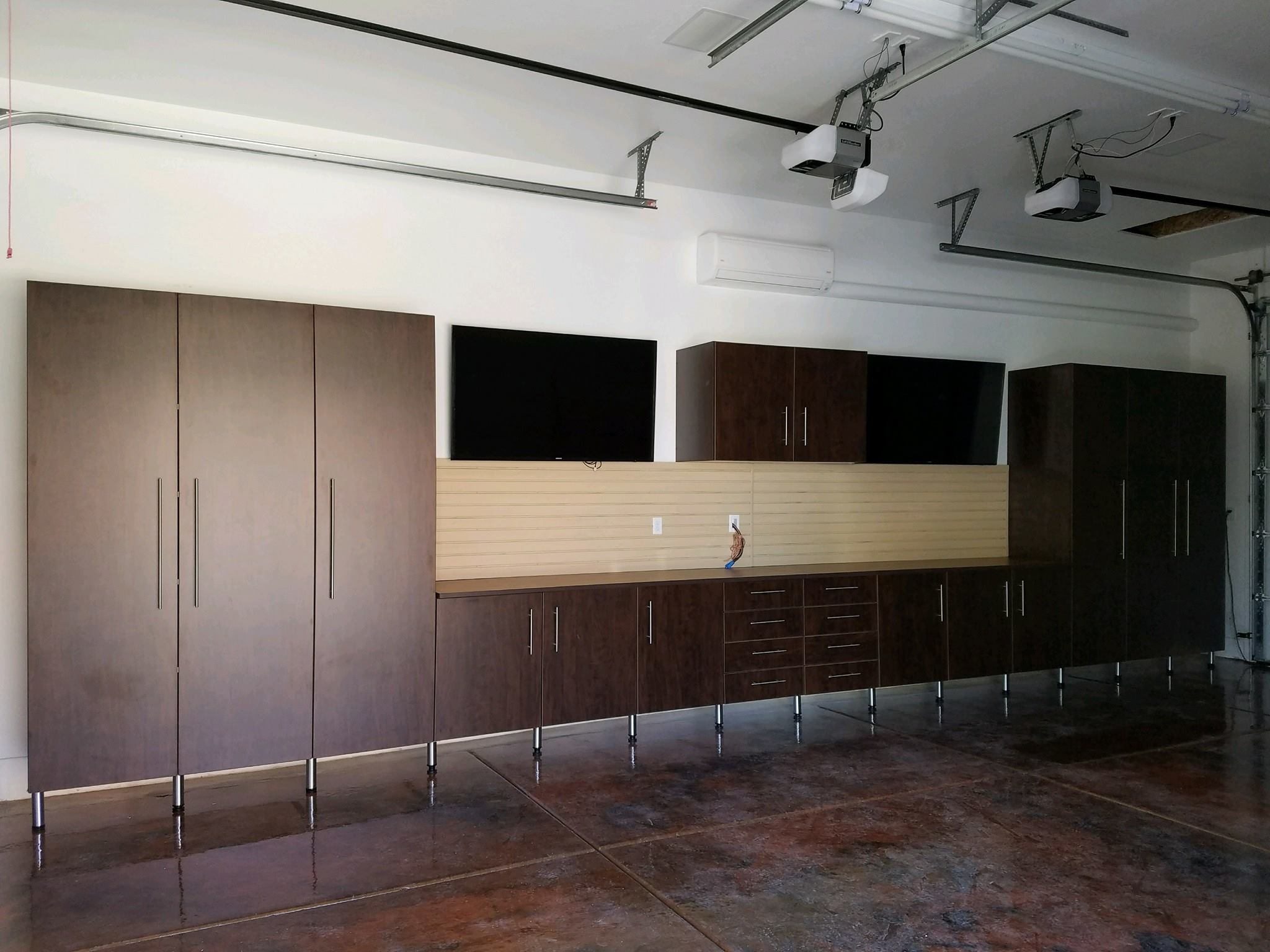 closed cabinets with video screens.jpg