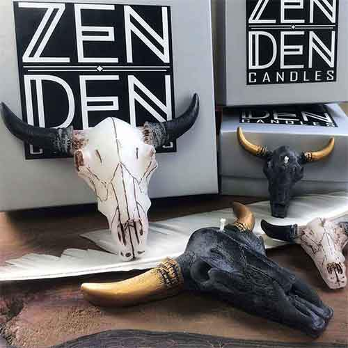 Bull-Skull-Candles_Collection-of-Bull-Skull-Shaped-Cow-Skull-Shaped-Candles_560x.jpg