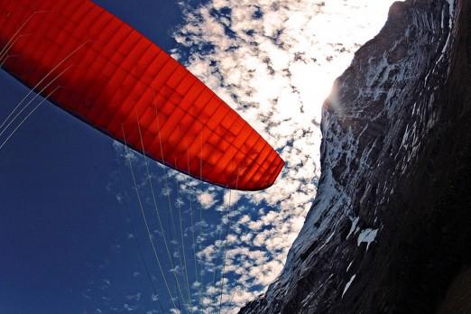 active-flight-paragliding.jpg