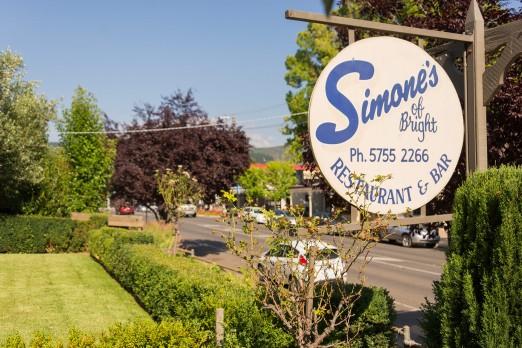 simones-restaurant.jpg