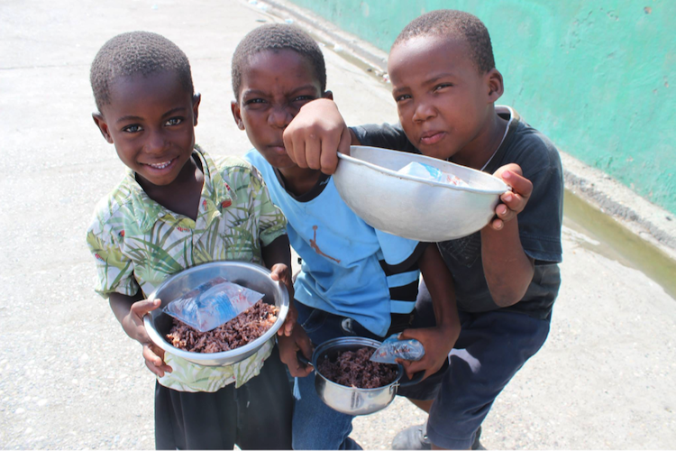 SUPER KITCHEN - Providing essential food to 800+ children per day.