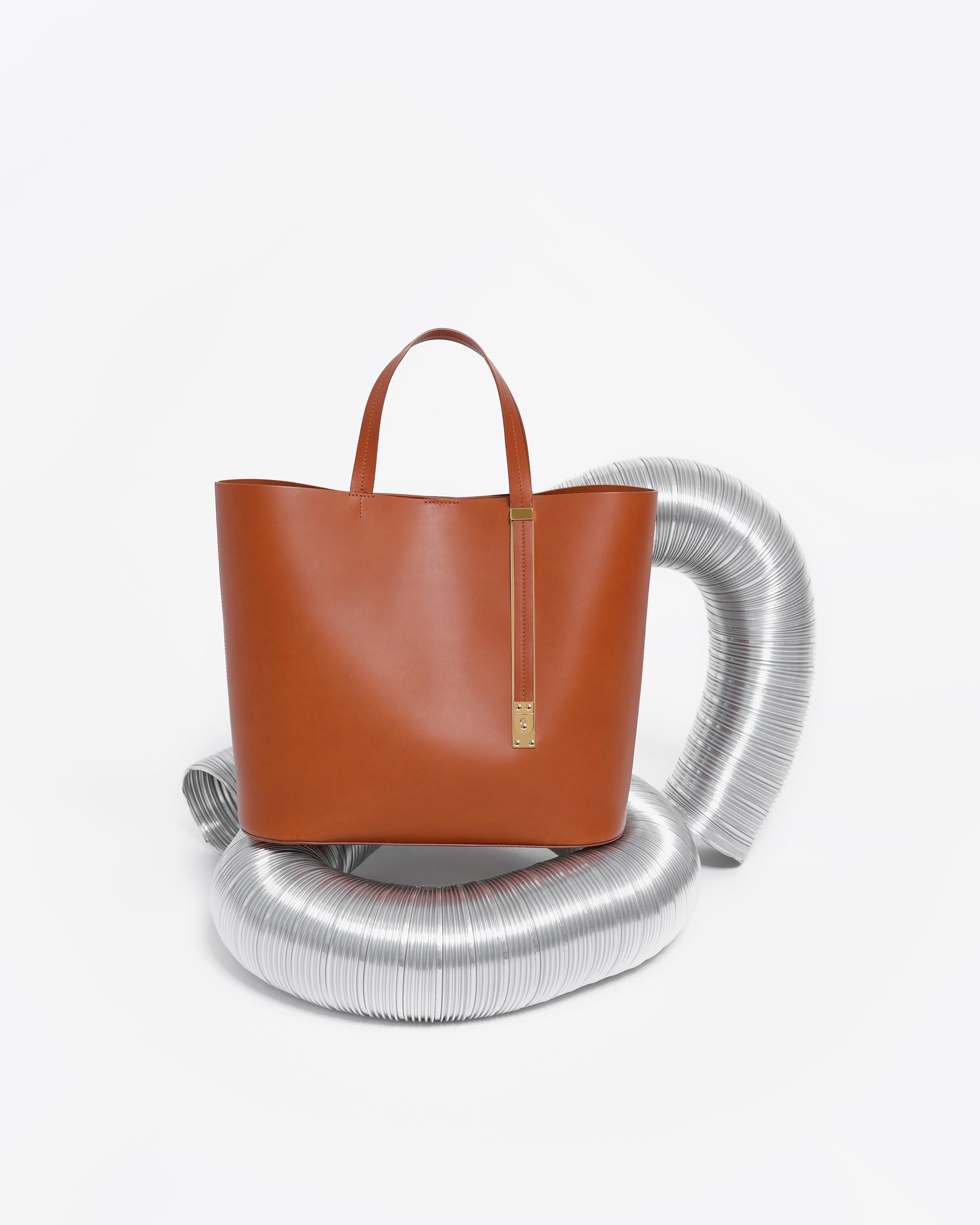 Handbag visual merchandising