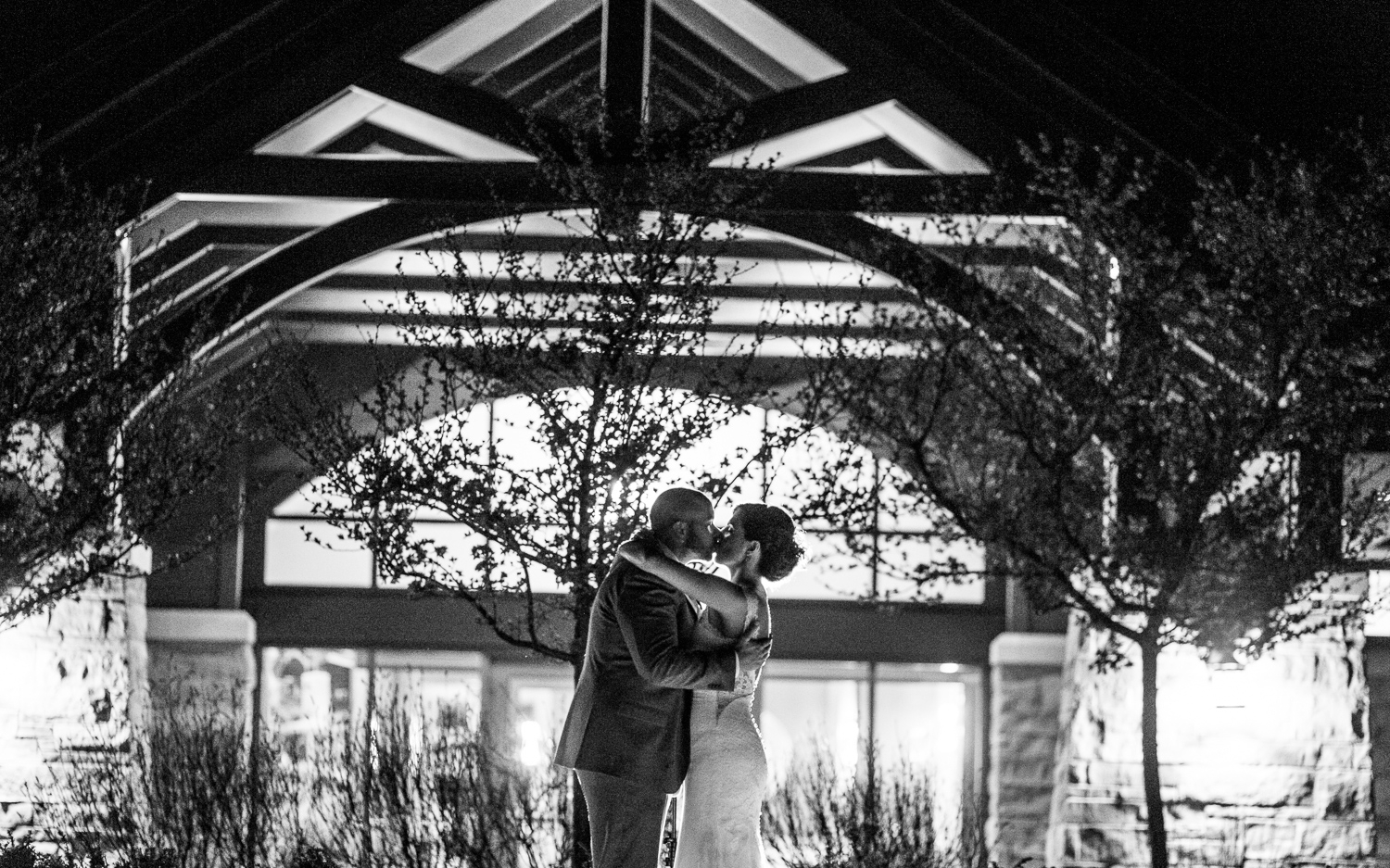 Congrats! - You're engaged, have chosen a gorgeous wedding venue at Flamborough Hills Golf Club, and are ready to dive into the details of making it the prettiest and most fun day in the history of ever.