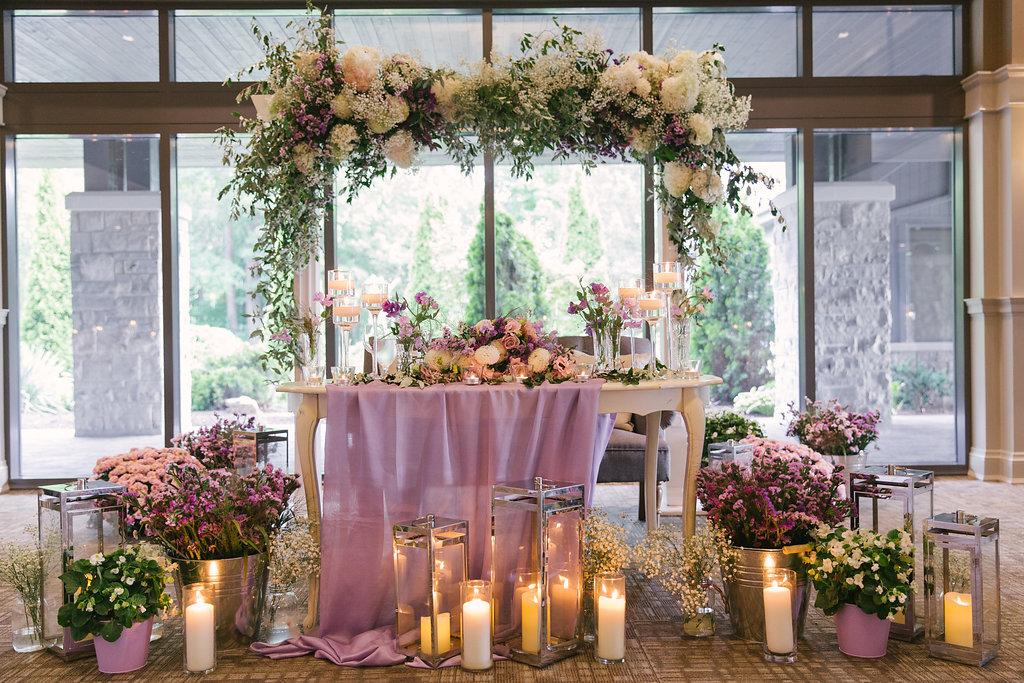 Garden Wedding Sweetheart Table Flamborough Hills Golf Club | spunkysapphire.com