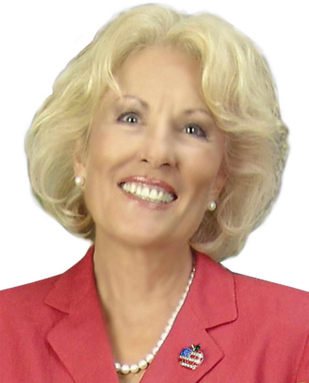 Dolly-Headshot.jpg