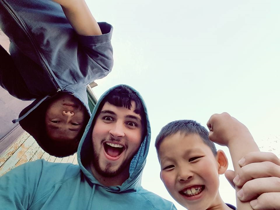 Mongolia Nick with kids 6.jpg