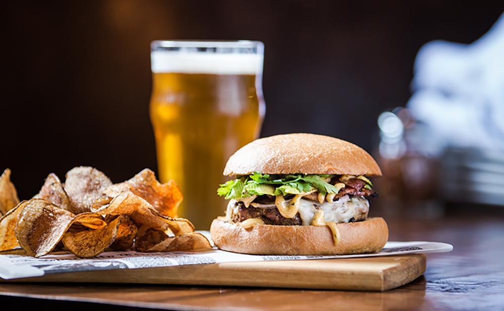 Arch_City_burger-4.jpg