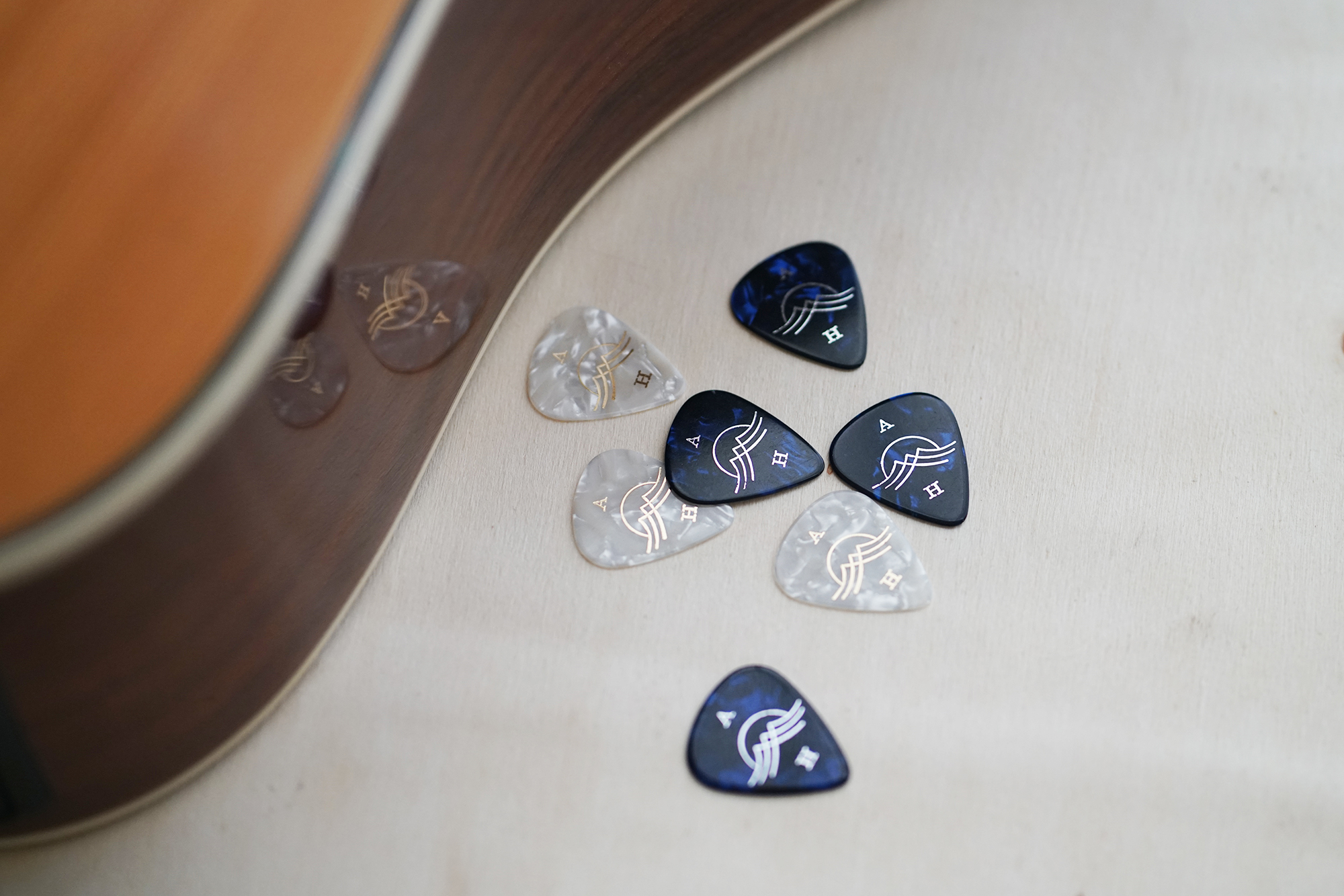 AlmaHarvey-GuitarPicks-3.jpg
