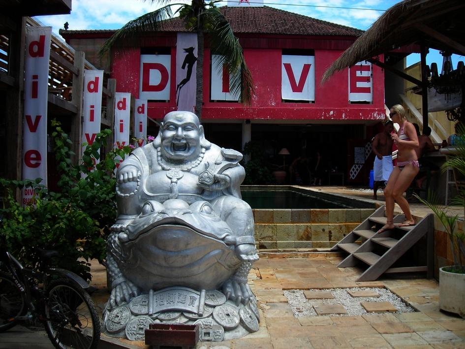 Buddha Dive