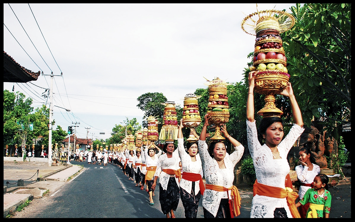 Galungan and Kuningan in Bali - The Balinese celebrate the day of Galungan, which commemorates the triumph of Dharma over Adharma, or good against evil, this May 29 to 31. Second in significance after the Nyepi or Saka New Year, this observance comes twice a Gregorian year, as the Balinese use a 210-day calendar system known as the Pawukon that is the basis for their daily rituals, temple anniversaries and holidays. Galungan is celebrated again December 25-27…READ MORE