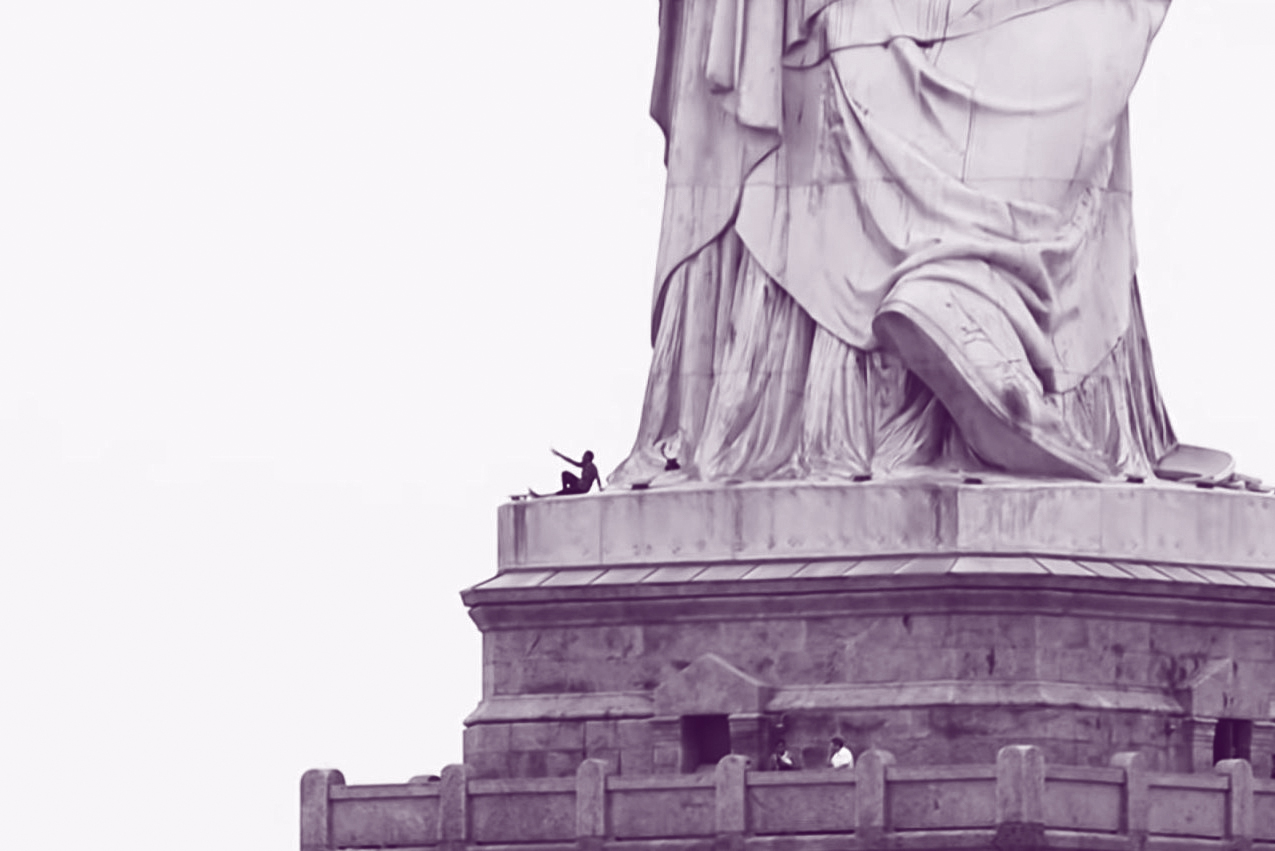 statue-of-liberty-protest.jpg