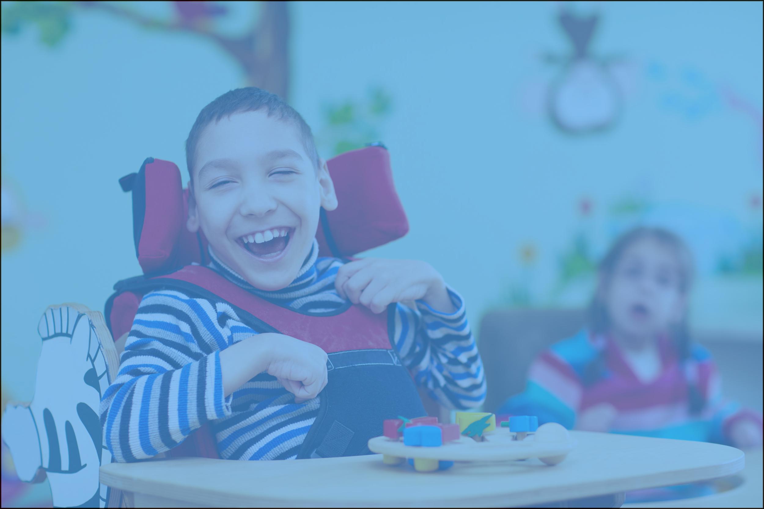 Se benefician de nuestros servicios: - -Niños mayores a los 3.5 años con o sin diagnostico.- Atendemos cualquier tipo de necesidad especial- Adaptamos nuestro programa sin importar si ha existido o no un proceso de escolarización previamente.