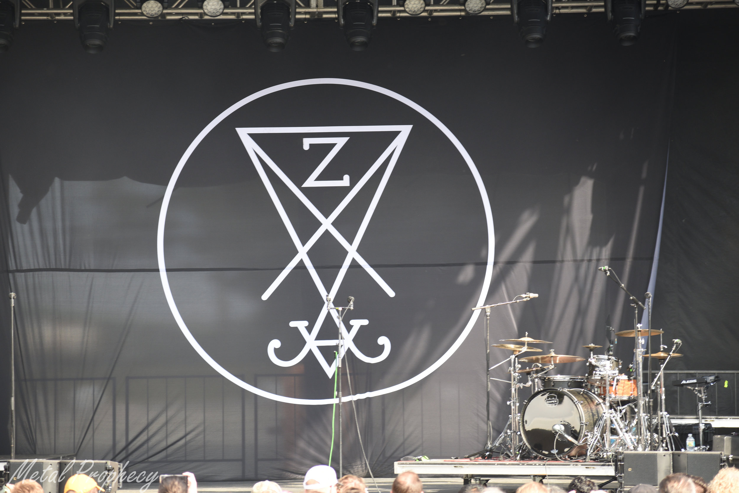 The calm before Zeal & Ardor's storm at Welcome to Rockville 2019