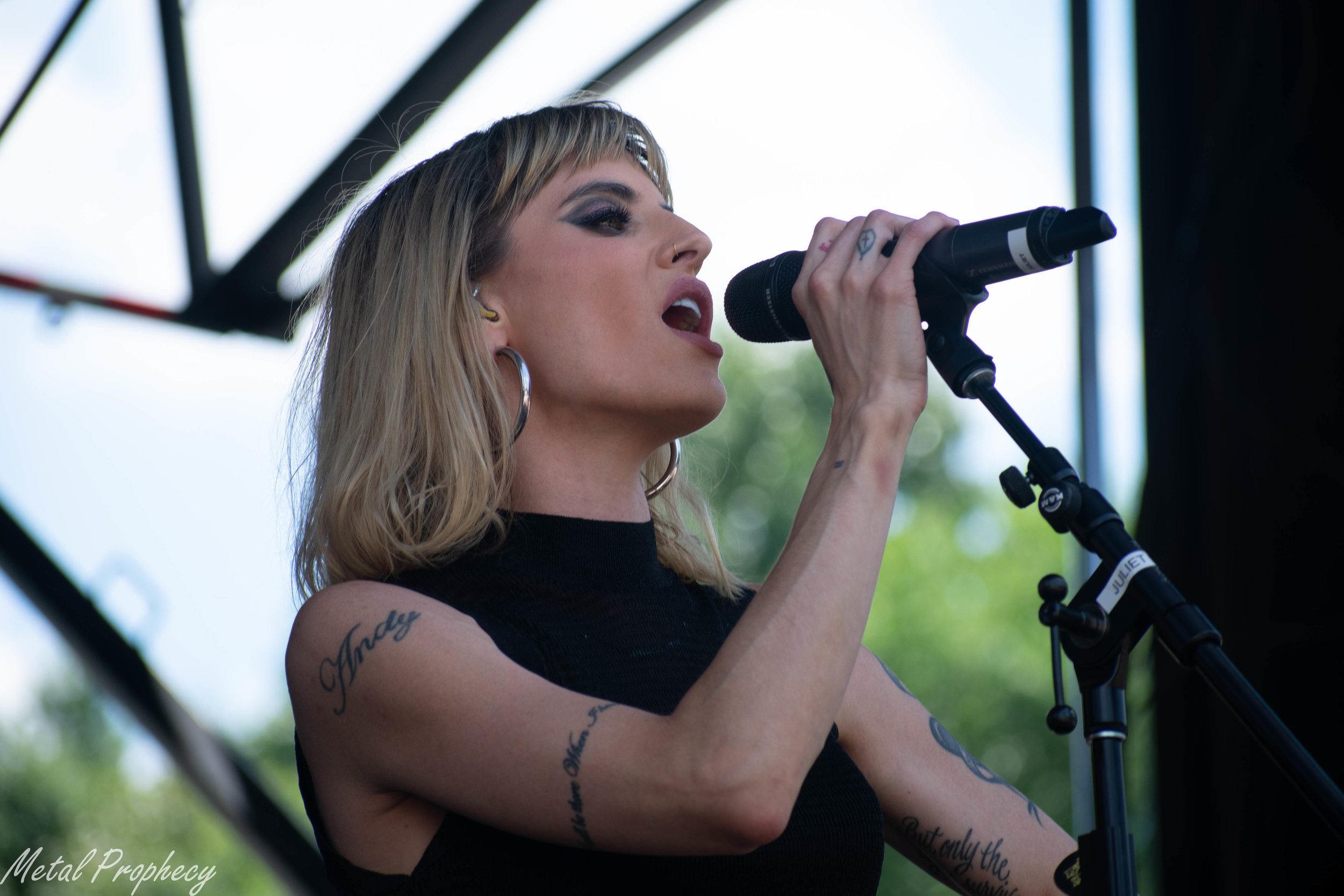 Juliet Simms at Rockstar Energy Disrupt Festival