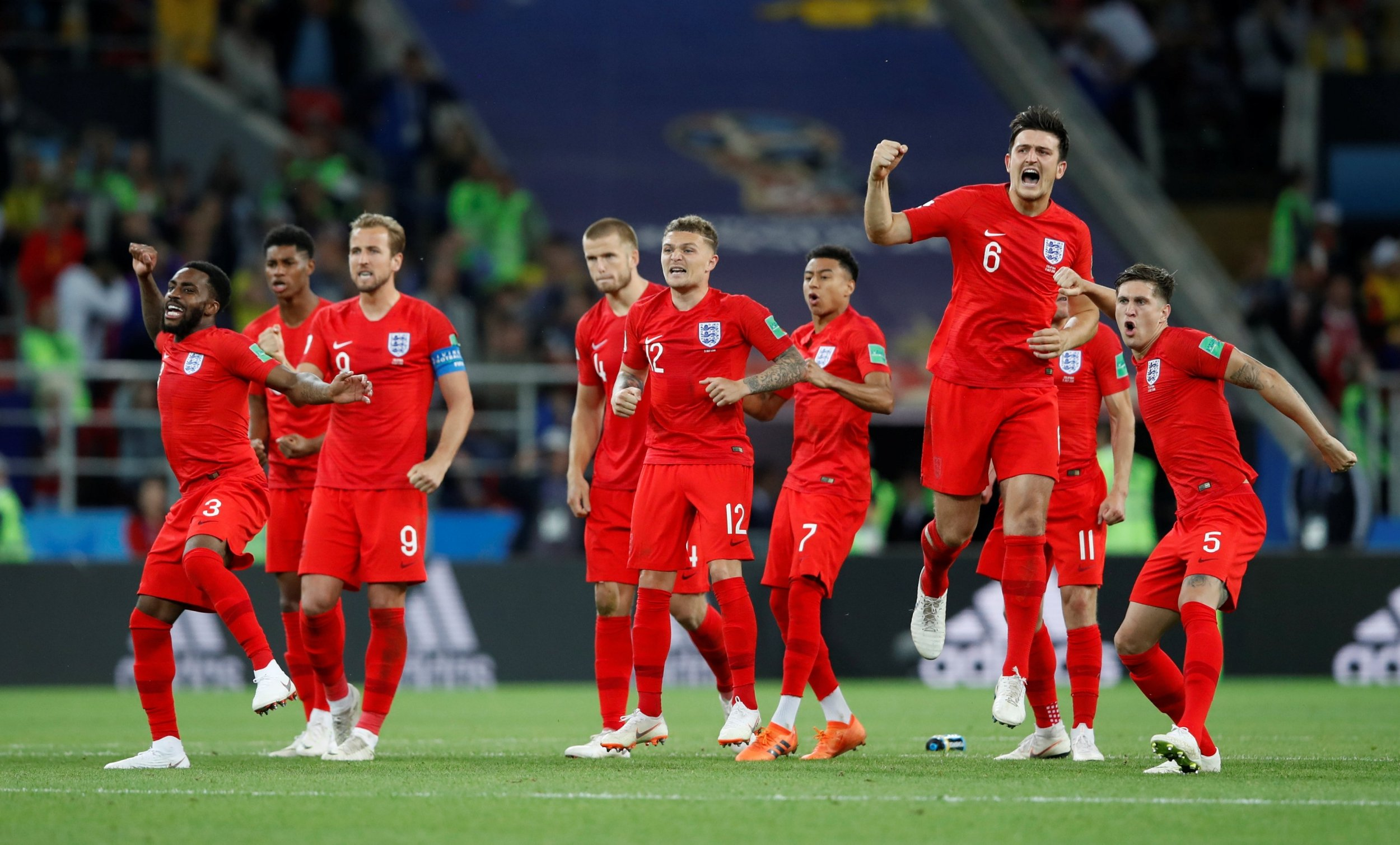 2018-07-03T205354Z-1561764495-RC1C81919A40-RTRMADP-3-SOCCER-WORLDCUP-COL-ENG.jpg