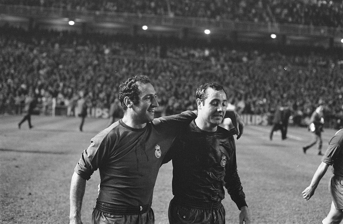 Francisco Gento (Left)