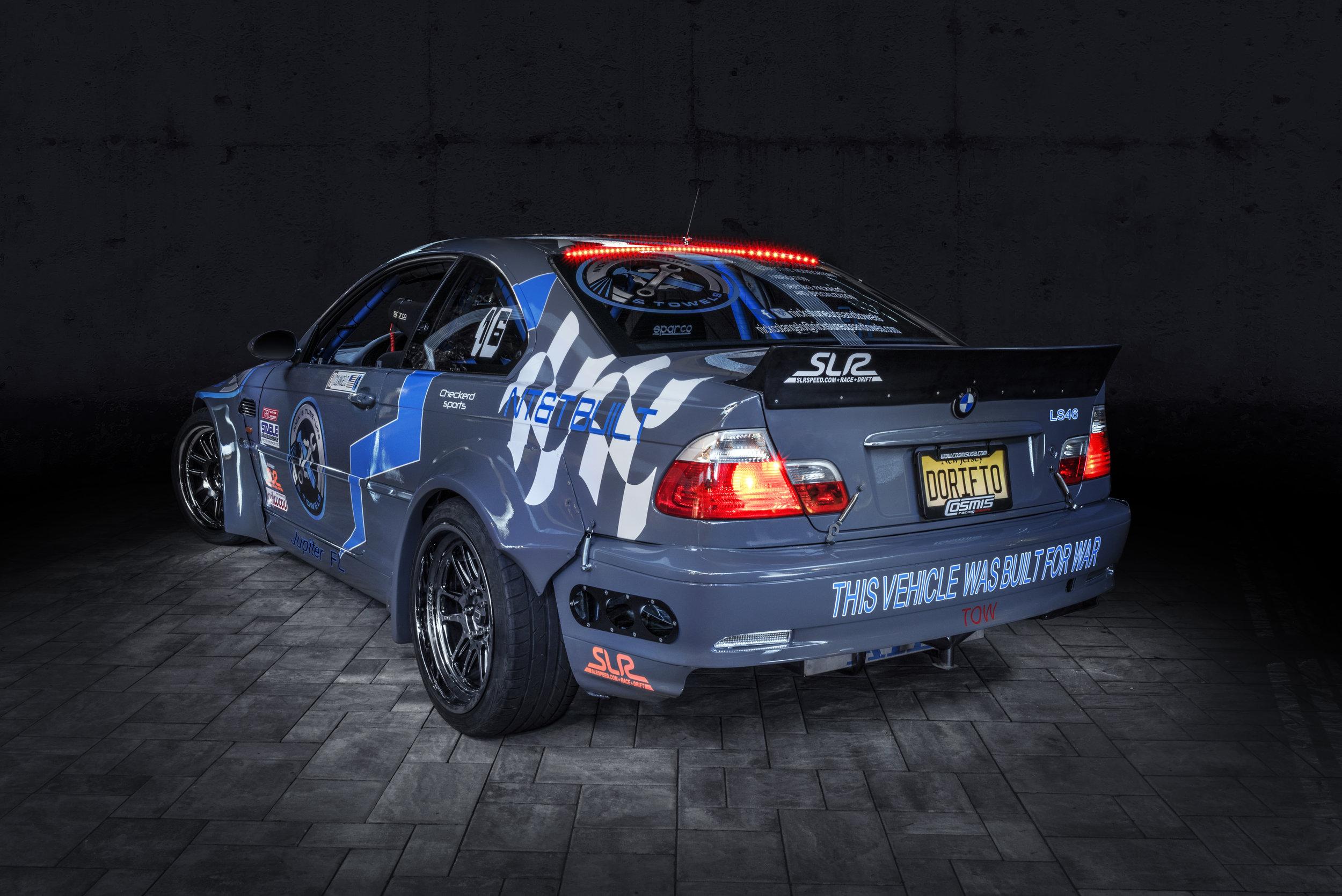 BMW004
