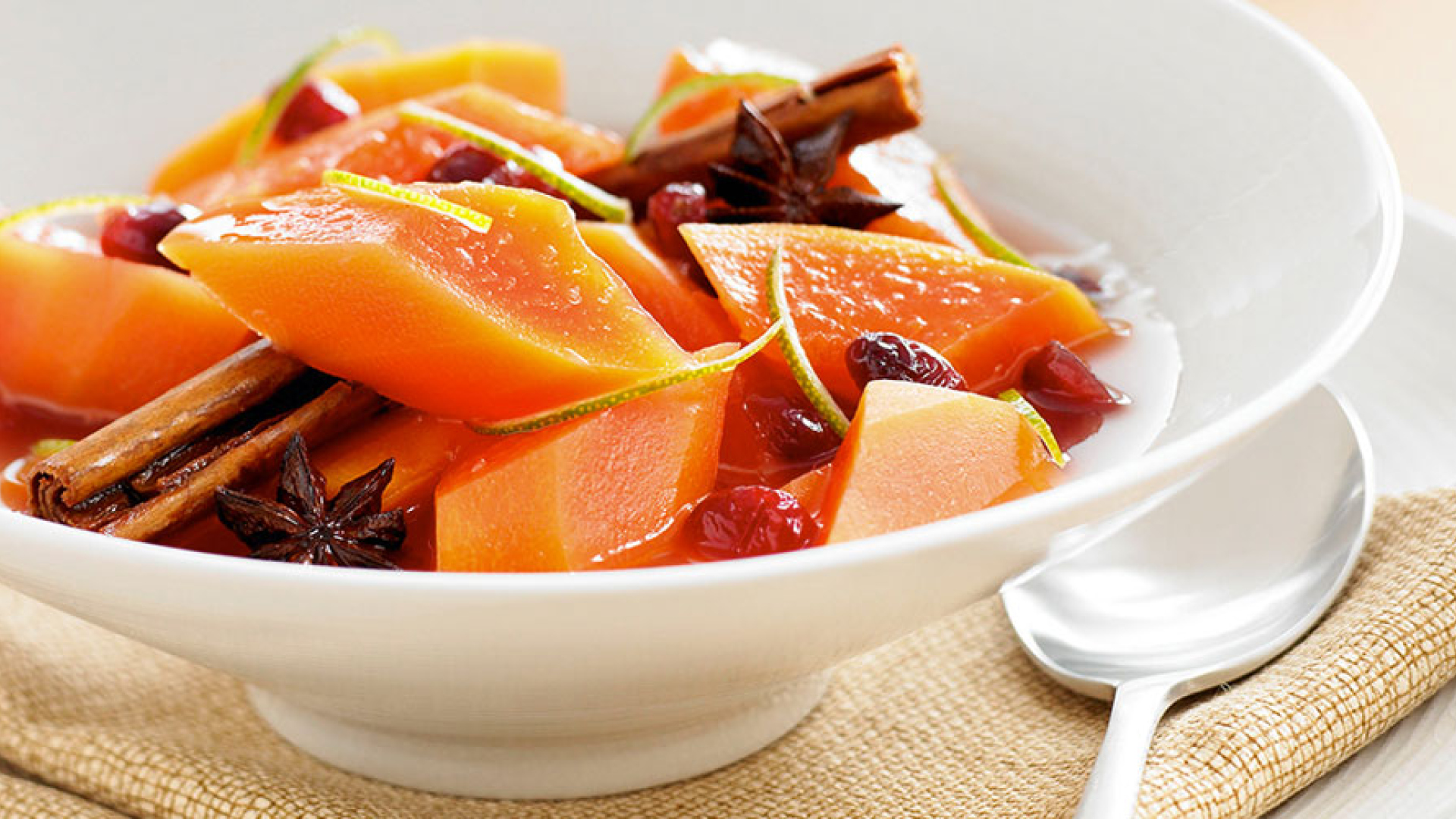 Ruby Rise Red Papaya_Recipes_14_poached_compote.jpg