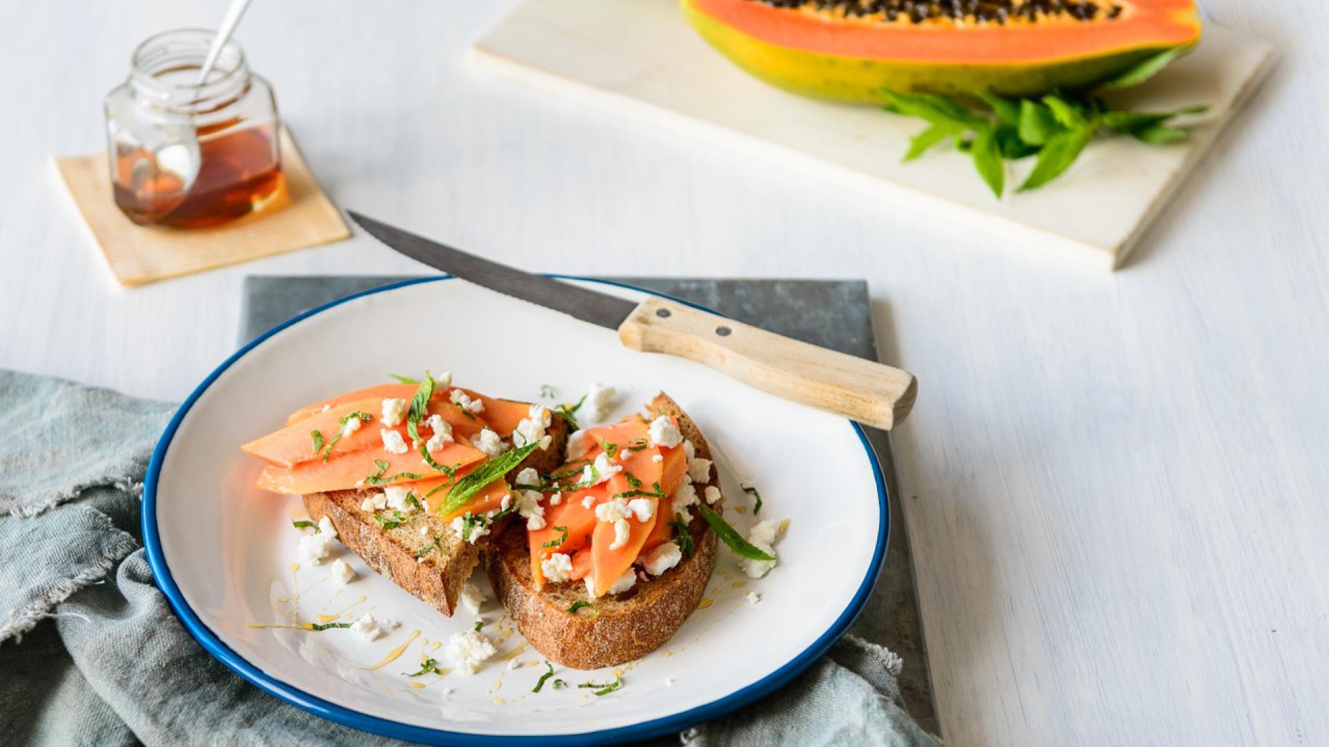 Ruby Rise Red Papaya_Recipes_8_goat_cheese_toast.jpg