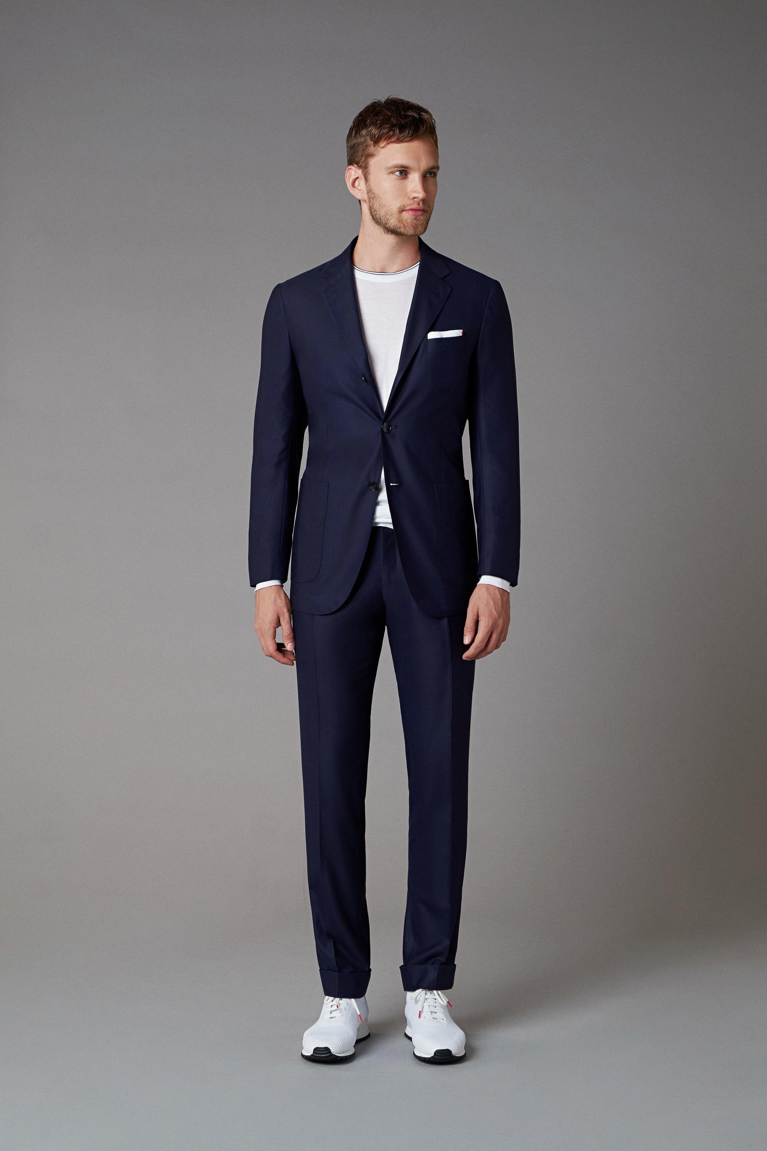 00001-Kiton-Vogue-Menswear-SS19-pr.jpg