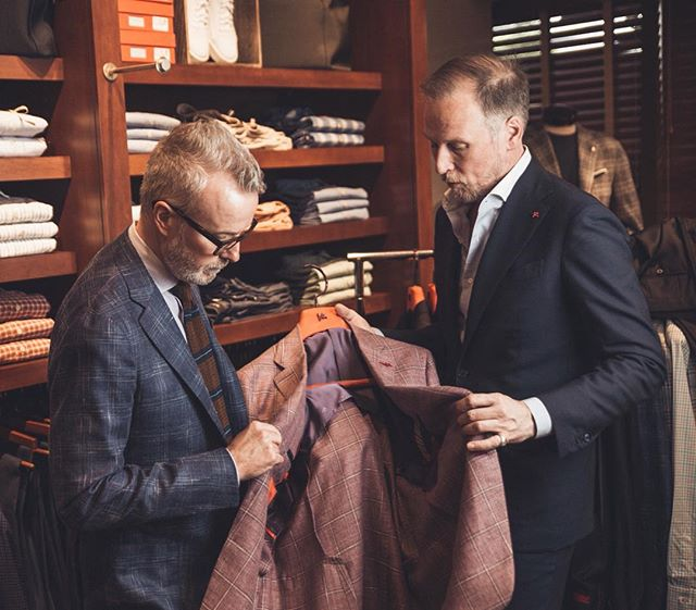 Stop by for the first day of our trunk show with @isaia! Check out their Made-to-Measure options in addition to their spring Ready-to-Wear pieces.  #vsco #vscocam #menswear #mensstyle #mensfashion #Italianstyle #italianfashion #charlottefashion #cltfashion #charlottesgotalot #704lifestyle #boutique #mensboutique #cltboutique #haberdashers #charlotte #charlottenc #springstyle #springfashion