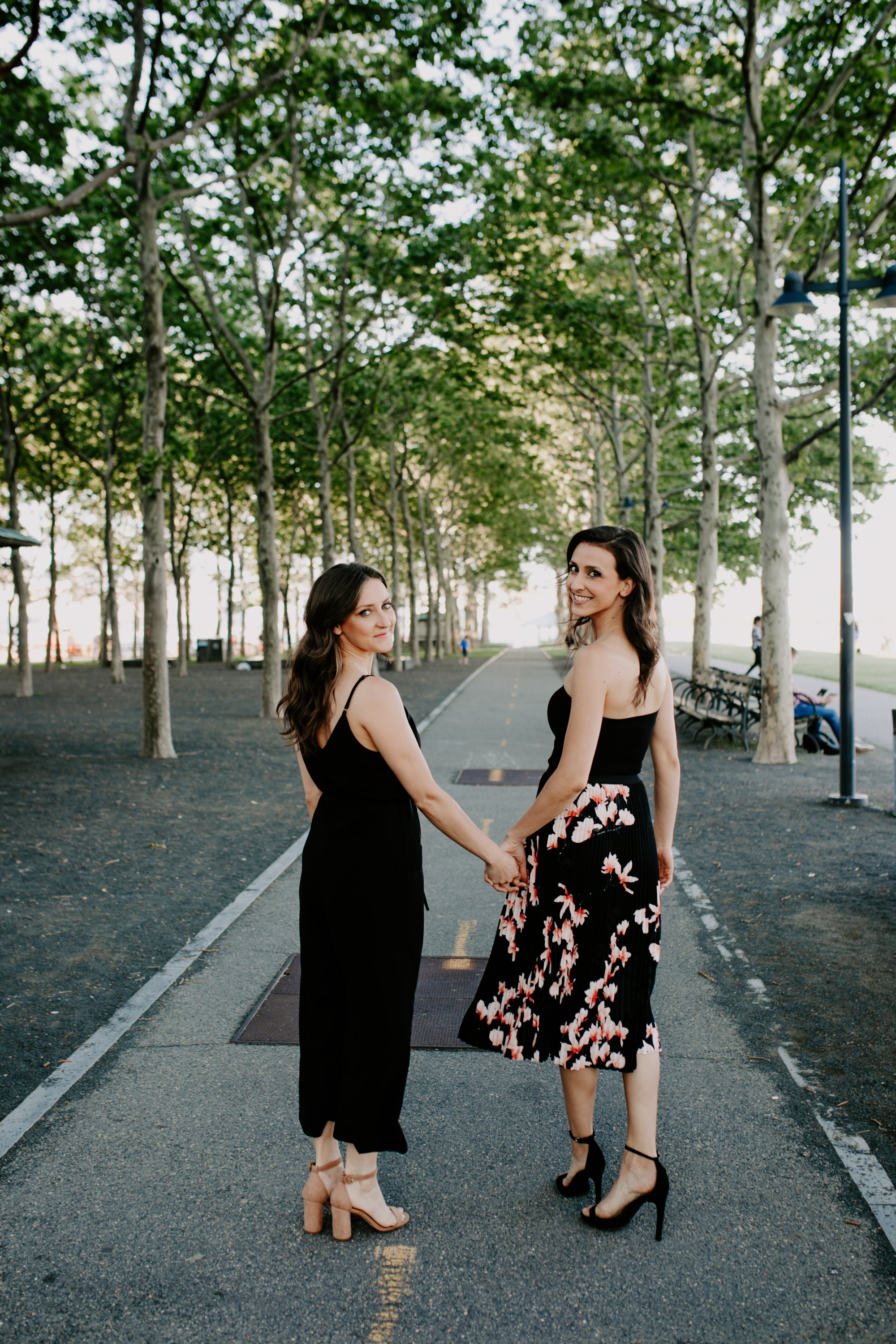 AlyssaChelsey_Hoboken_Engagement_TowardsTheMoon-12.jpg