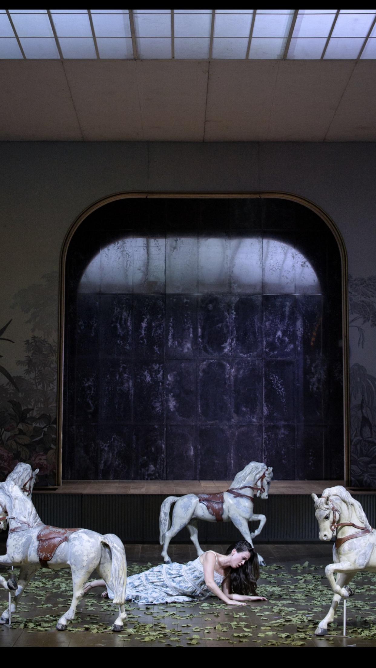 Barbarina - Le Nozze di Figaro - Opernhaus Zürich 2016 - Photo: Judith Schlosser