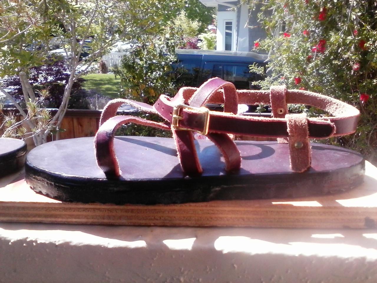 adjustable latigo sandals 02.jpg