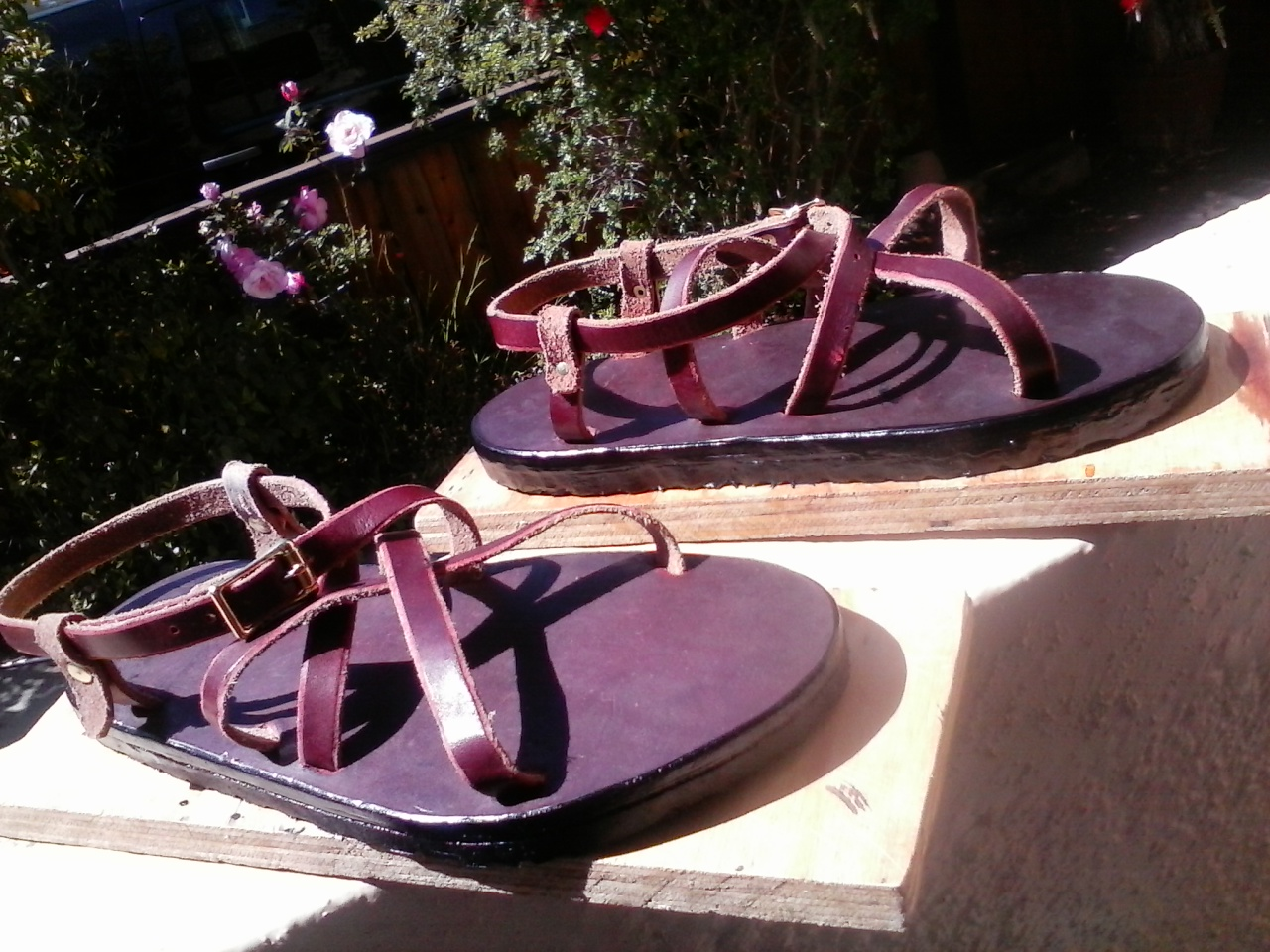 adjustable latigo sandals 04.jpg