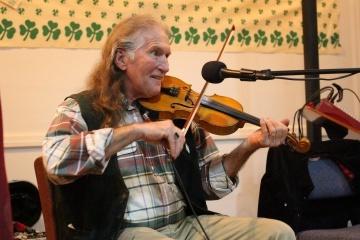 Violin Player Spuds.JPG
