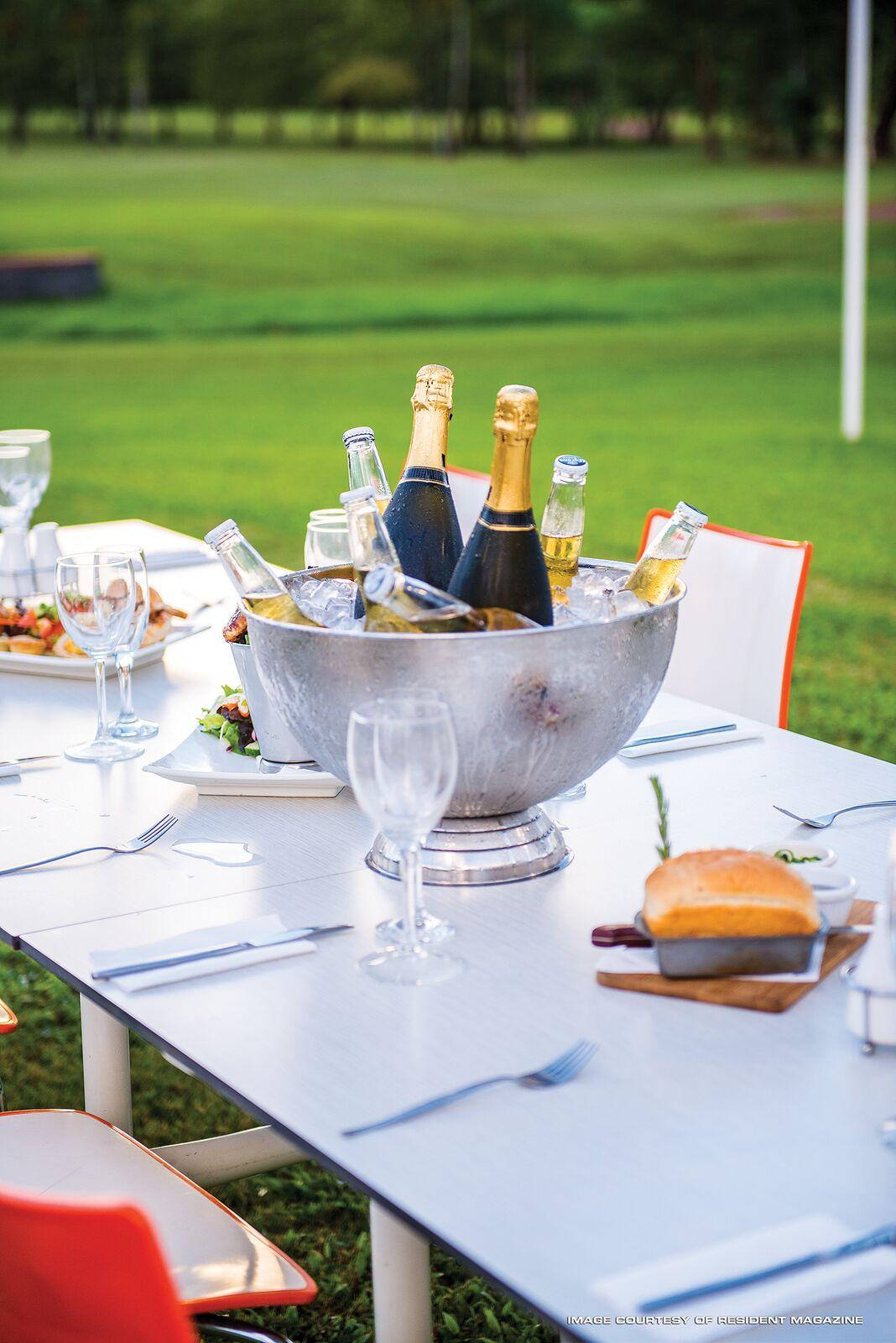 CADDIES-function-champagne.jpg