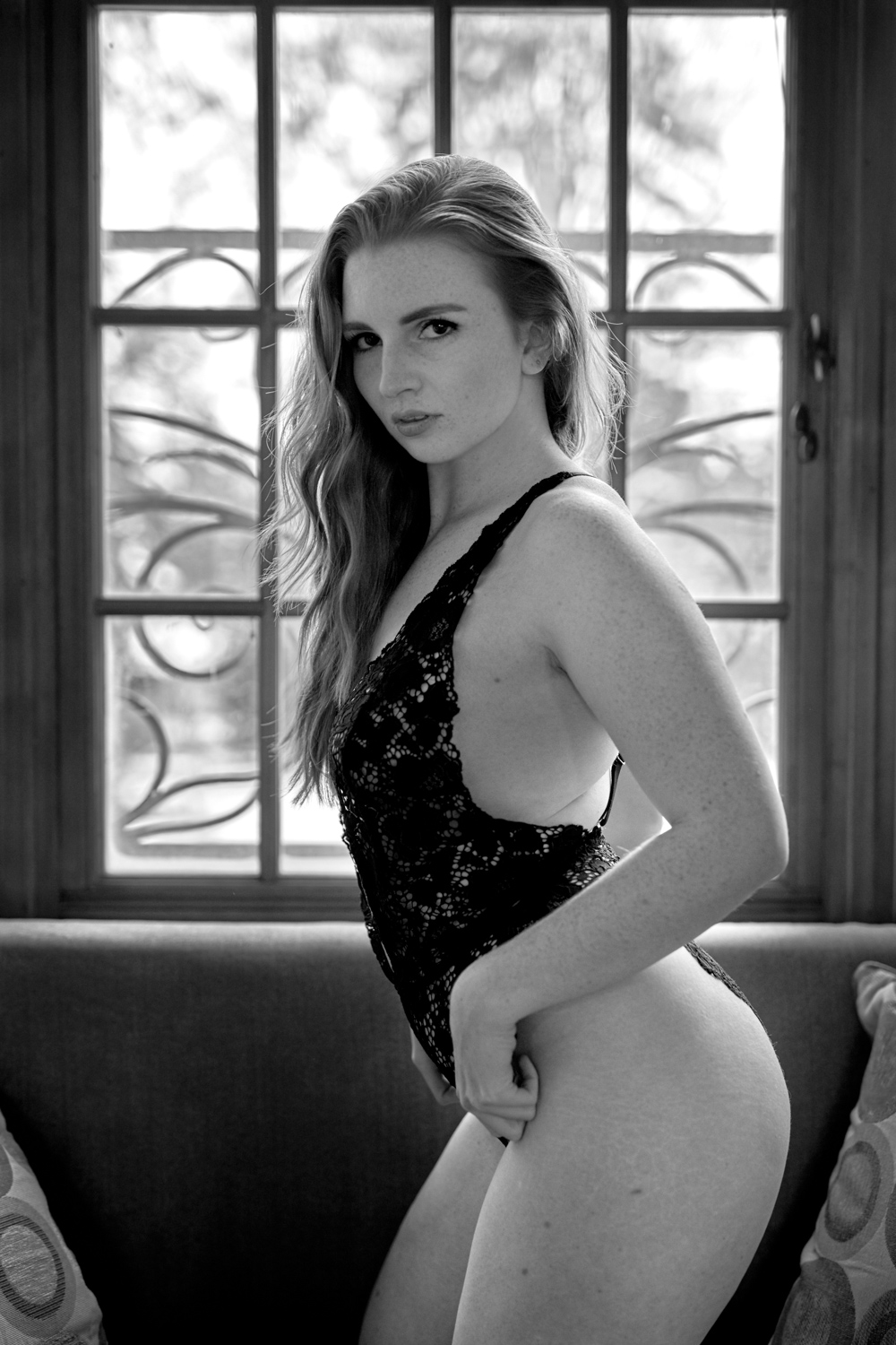 16-classy-ladies-glamourous-photography-in-home-private-boudoir-photographer-sexy-black-bodysuit-pictures-redhead-wife-girlfriend-gift-classy-unabashed-beauty-beautiful-intimate-lifestyle-photos-swimsuit-lingerie-hat-upscale-high-end-quality-elegant.jpg
