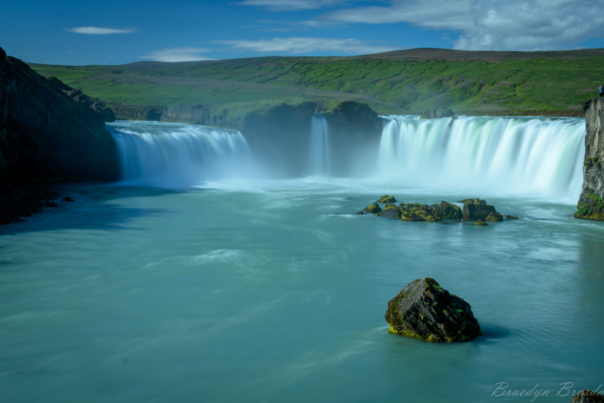 Godafoss in all its glory