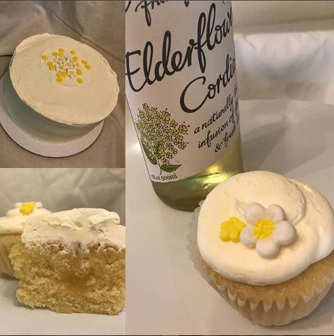 Royal+Wedding+CAke.jpg