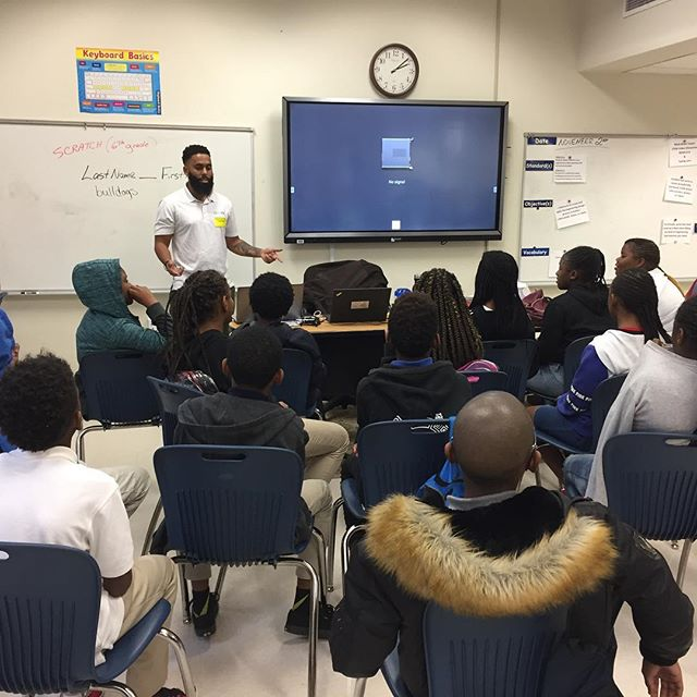 Our friends at @goodrco speaking in one of our teacher trainees' classrooms at Brown Middle School! Proud to make these #connections for our teachers so they can reinforce the coding and technology skills they teach in their classrooms with successful #startup #tech #problemsolvers of color. #stemcertgoals @apsupdate
